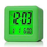 Plumeet digitaler Reisewecker, einfach einzustellen, mit Schlummermodus, weichem Nachtlicht, großem Zeit-, Monats-, Datums- und Alarm-Display, ansteigendem Soundalarm & Handgerät-Größe, Kinder (Grün)